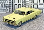 AA 18 American Classics 1/43 Mercury Comet Cyclone Coupe Hard Top 1966 light yellow (1)